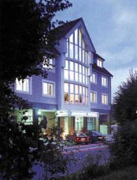HOTEL  APARTMENT  HLUBOKÁ - Hluboká nad Vltavou