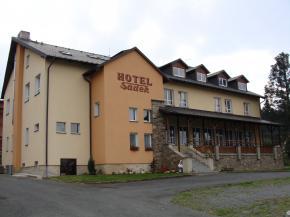 Horský hotel Sádek - Díly