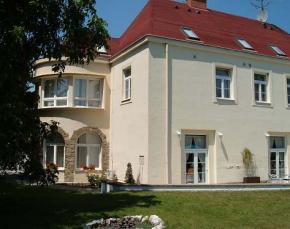 Hotel Apollon - Valtice