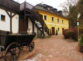 Penzion Spálený Mlýn - Mníšek pod Brdy