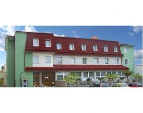 Hotel Alf - Borovany