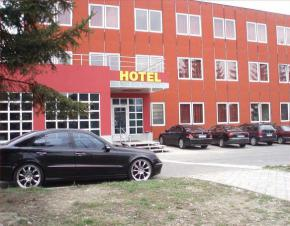 Hotel Montenegro - Bruntál