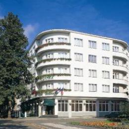 Hotel Bellevue - Tlapák - Poděbrady