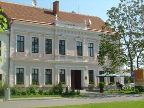 Hotel Drnholec - Drnholec