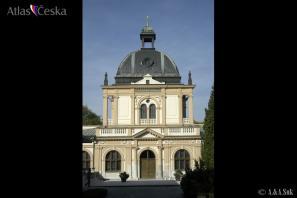 Obřadní síň Nového židovského hřbitova na Olšanech