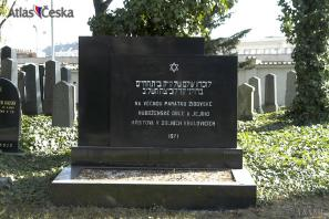 Památník židovské obci v Dolních Kralovicích