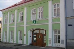 Centrum celoživotního vzdělávání s knihovnou manželů Tomanových