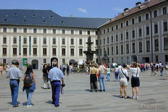 Pražský hrad II. nádvoří