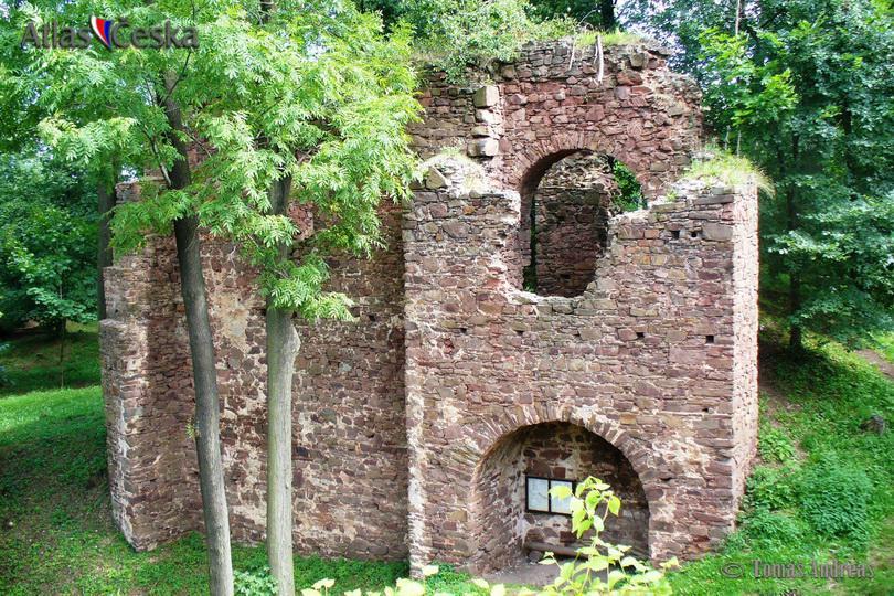 Fulštjen Castle Ruin