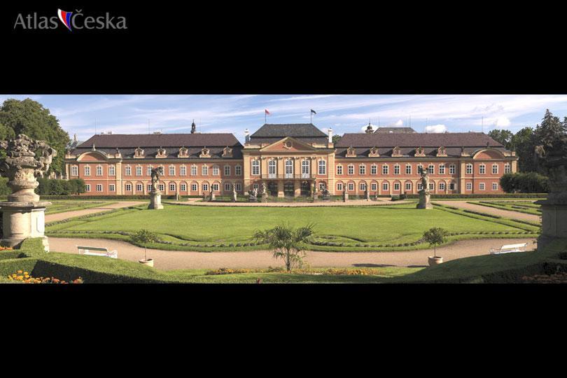 Dobříš Chateau