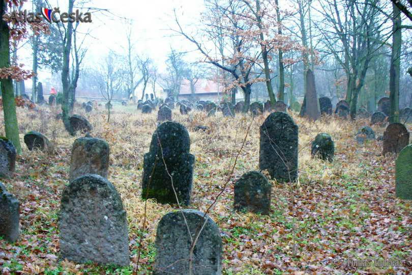 Židovský hřbitov Liteň