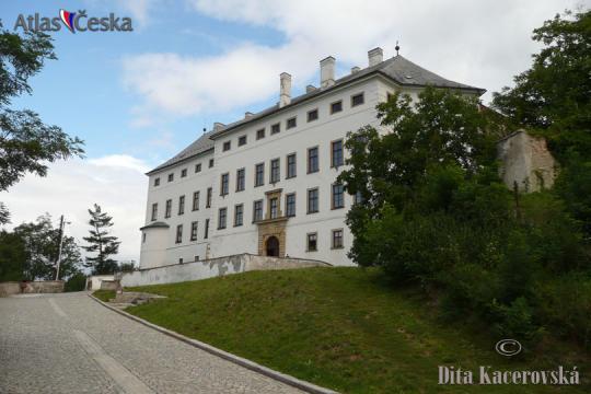 Úsov Chateau -