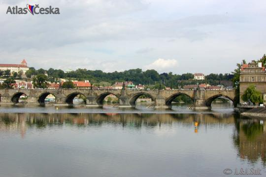 Charles Bridge history -
