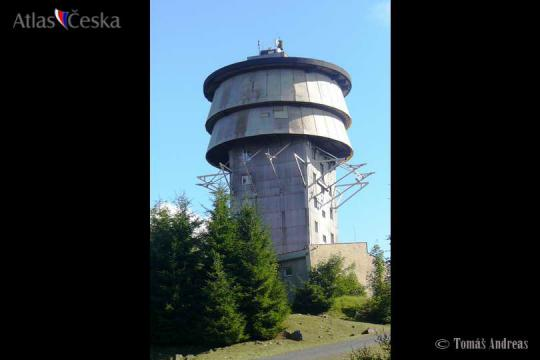 Bývalá radarová věž Zvon -