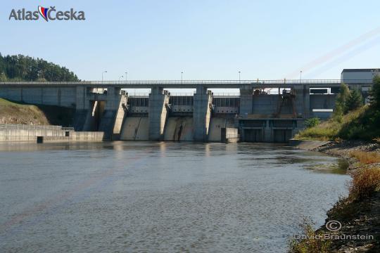 Vodní nádrž Hněvkovice -