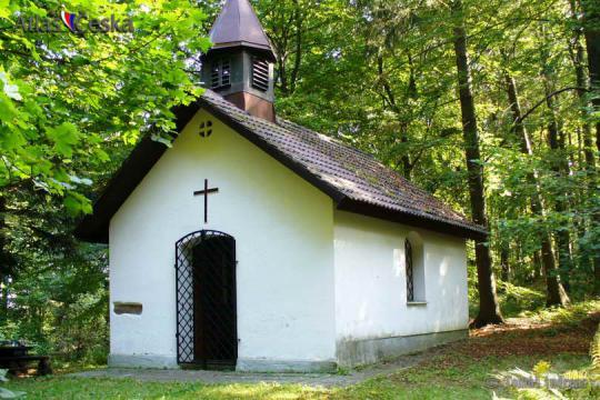 Kaple sv. Bernarda na Medvědím vrchu -