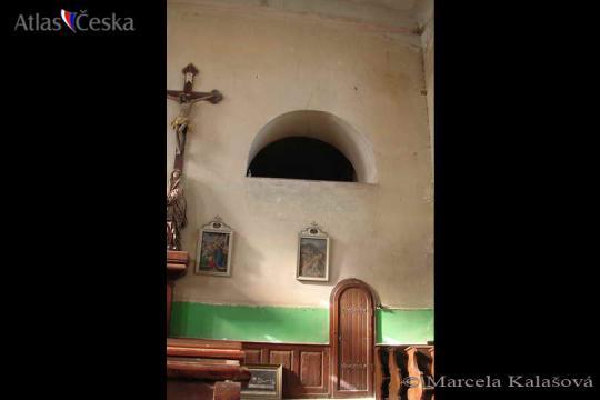 Kostel sv. Petra a Pavla - Svojšín -