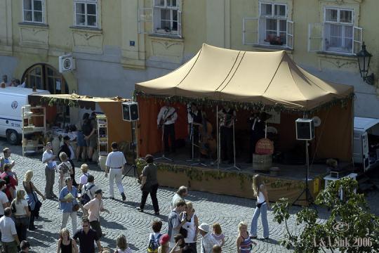 Hrnčířské trhy na Kampě -