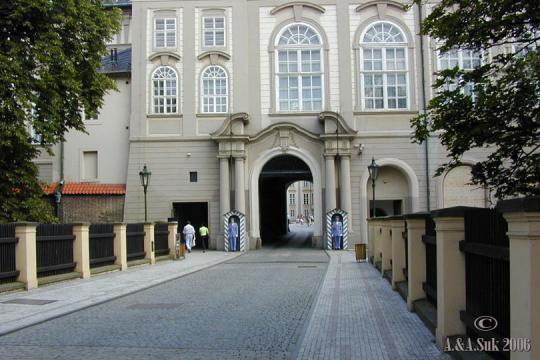 Pražský hrad II. nádvoří -