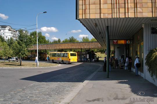 Autobusová zastávka Roztyly -
